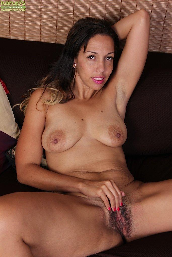 Latina women free porn photo 4