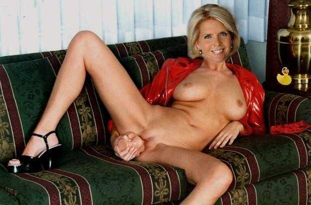 Very tight hot amateur blonde body twisted on webcam livexxx