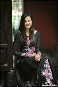 Dating traditional vietnamese girl
