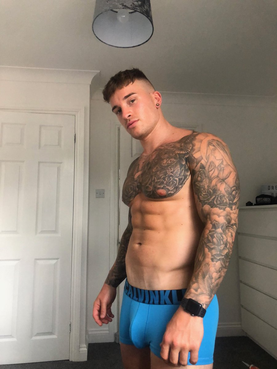 Hatts17 onlyfans pics photo 1