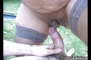 Shemale videos of sexy shemale and girls fucking