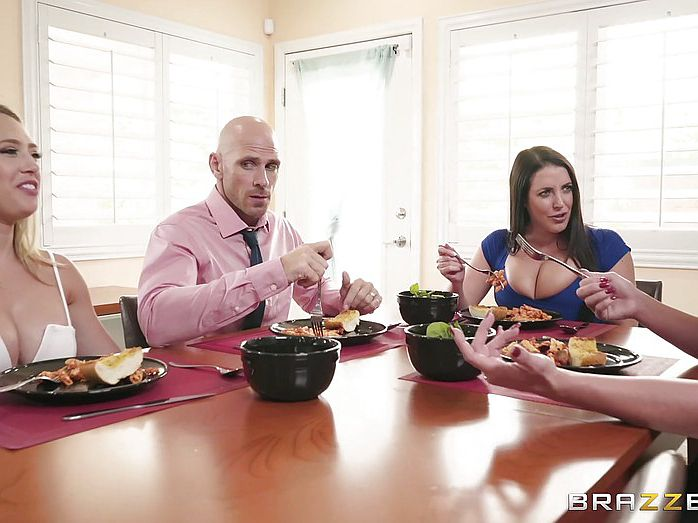 Xxx dinner fucking on romantic dinner table porn tube