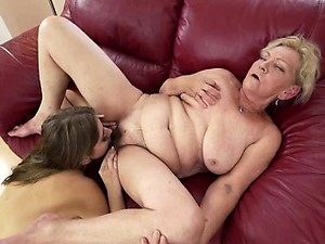 Free granny pussy video photo 2
